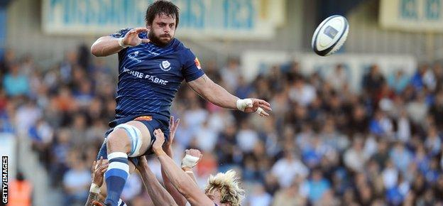 Rodrigo Ortega Capo soars high in the lineout for his French club, Castres