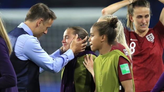 Women's World Cup: England boss Phil Neville proud after emotional win over Argentina thumbnail