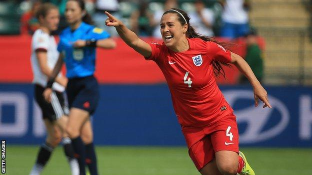 Fara Williams: England's record appearance holder to retire at end of season thumbnail