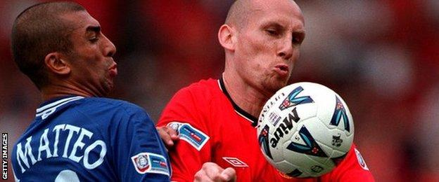 Jaap Stam playing for Manchester United