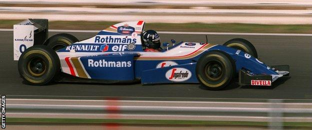 Damon Hill in action at the 1994 Portugese Grand Prix