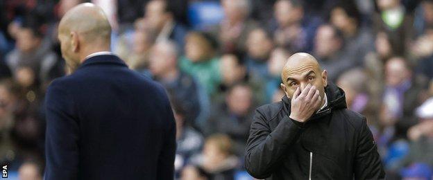 Zinedine Zidane and Abelardo Fernandez