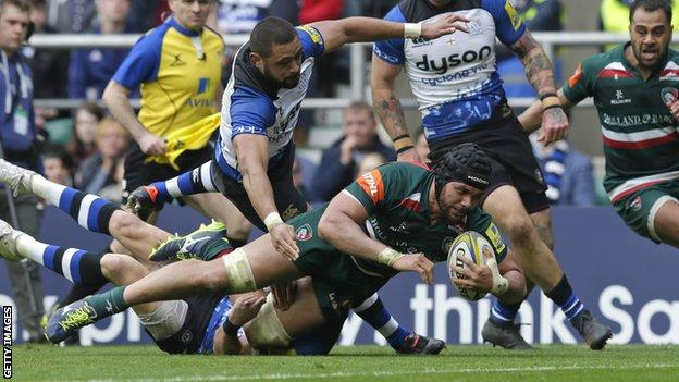 Sione Kalamafoni scores a try for Leicester
