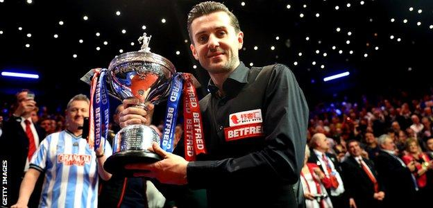 Mark Selby wins the World Snooker Championship in 2017