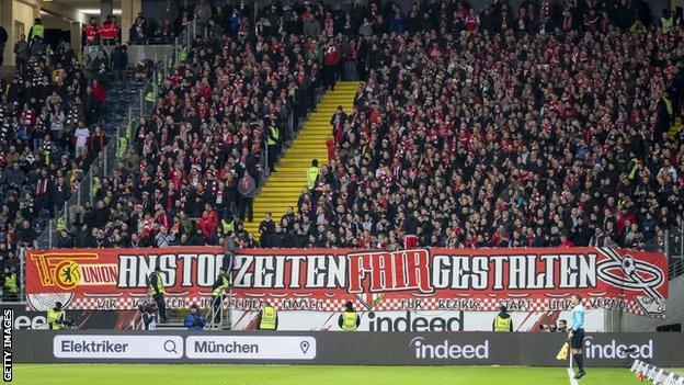 Union Berlin fans protest