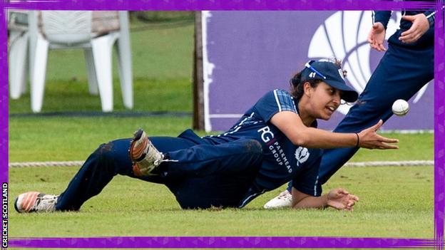 Priyanaz Chatterji catches the ball