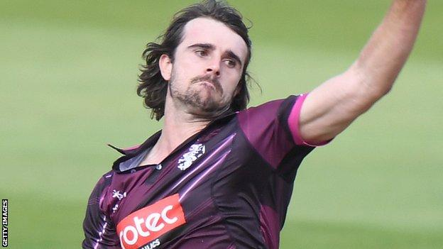 Ben Green: Somerset all-rounder signs new two-year contract thumbnail