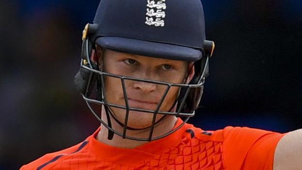 Sam Billings: England bring in Ben Foakes to replace injured batsman thumbnail