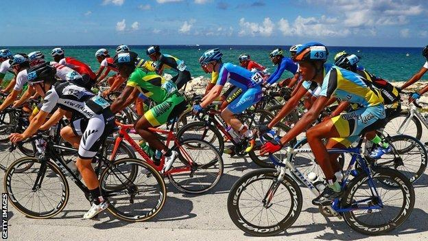 Boys' road race