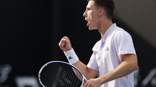Australian Open: Britain's Joe Salisbury & American Rajeev Ram into doubles semi-finals thumbnail