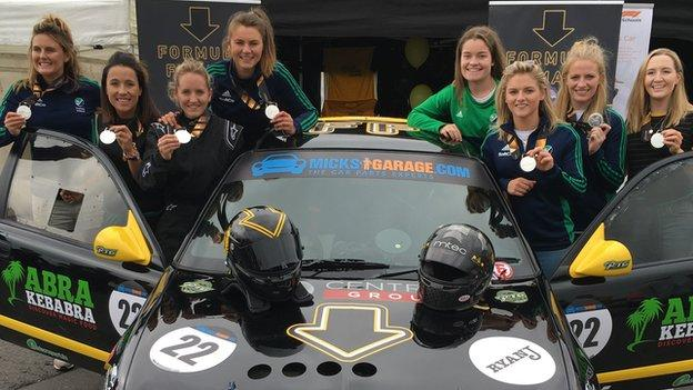 Nicci Daly and her Ireland team-mates