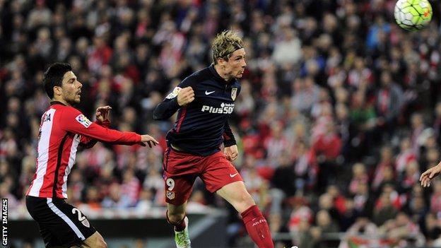 Fernando Torres scores for Atletico Madrid against Athletic Bilbao