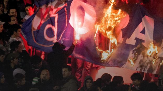 Hajduk Split v Dinamo Zagreb: Flares, fires, faith & football at Croatia's 'Eternal derby' thumbnail