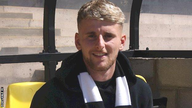 New Port Vale signing Jack Stobbs