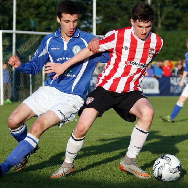 Finn Harps player Daire Boyle challenges Derry's Ryan Doherty during the Under-19 final of the Foyle Cup