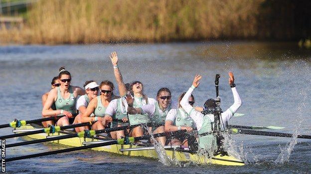 Cambridge celebrate winning the 2021 women's Boat Race