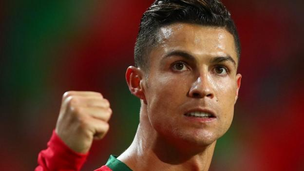 'He still moves like an Olympic athlete' - Ronaldo shines again on international stage thumbnail