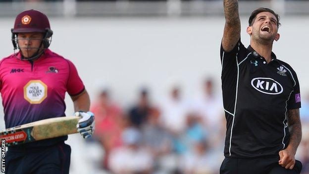 Jade Dernbach celebrates the wicket of Adam Rossington