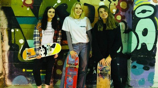 Female skaters Carissa, Emily & Pip