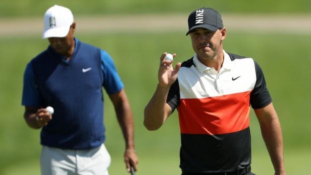 Tiger Woods struggles as Brooks Koepka leads US PGA Championship thumbnail