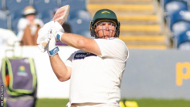 Mark Cosgrove in action for Leicestershire