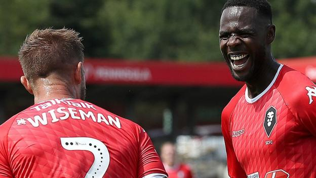 Salford City 2-0 Stevenage: League Two debut ends in victory for Ammies thumbnail