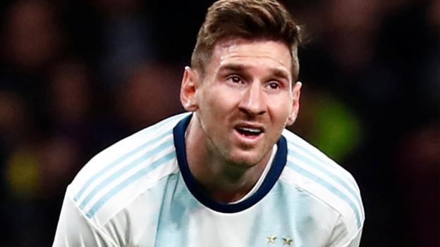 Lionel Messi's return for Argentina ends in 3-1 defeat against Venezuela - BBC Sport