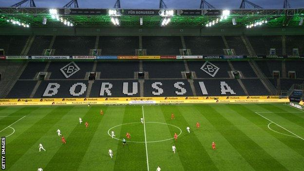 The last Bundesliga match, Borussia Monchengladbach v Cologne on 11 March, was played behind closed doors