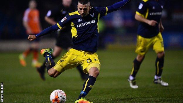 Oxford United midfielder Liam Sercombe