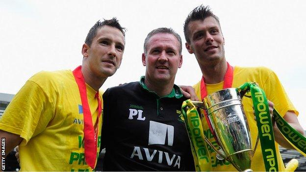 Paul Lambert (centre) led Norwich City to back-to-back promotions from League One to the Premier League in 2009-10 and 2010-11