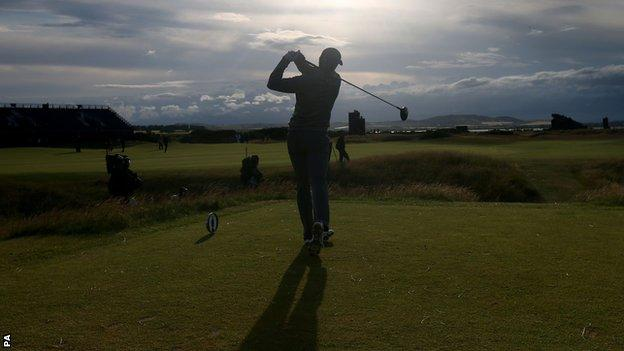 Jordan Spieth tees off during day two