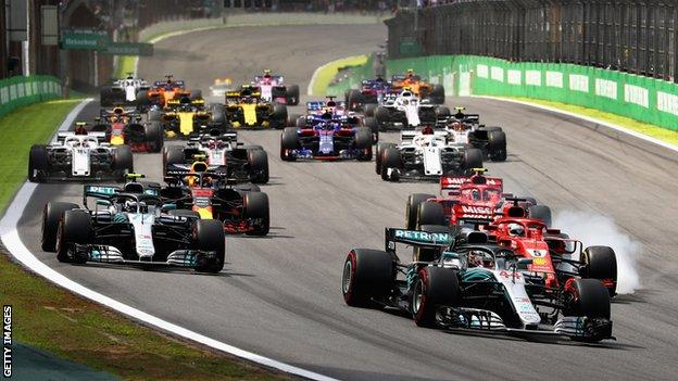 The start of the Formula One Grand Prix