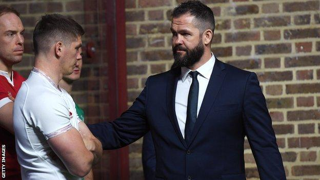 Andy Farrell pats Owen Farrell on the arm