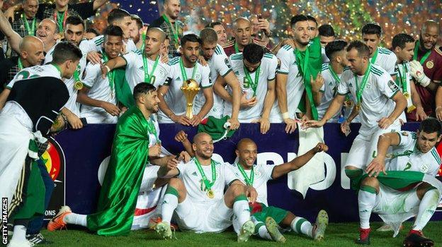 Argelia celebra