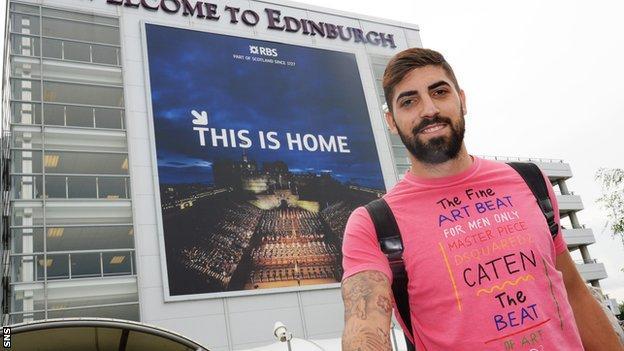 Juanma Delgado arrives in Edinburgh