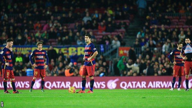 Barcelona players show their disappointment after conceding a late equaliser against Deportivo La Coruna