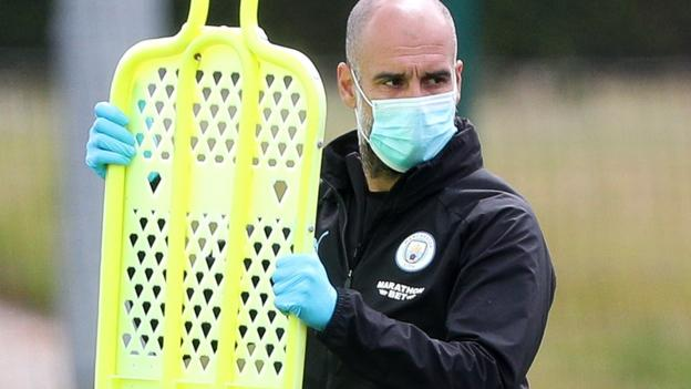 Difficult time following mother's death, says Guardiola thumbnail