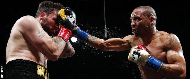 Andre Ward (right) on the way to beating Paul Smith