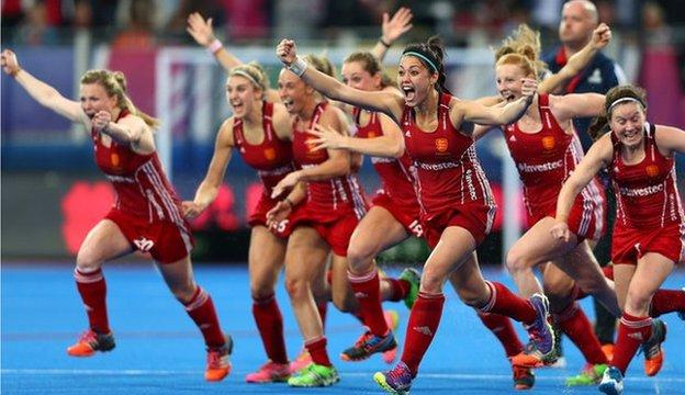 England hockey players celebrate winning European gold