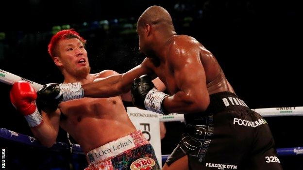 Dubois ended the contest with a brutal right hand in the second round