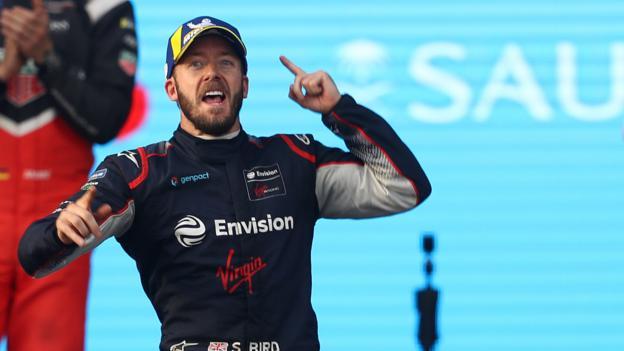 Briton Bird wins opening Formula E race of season thumbnail