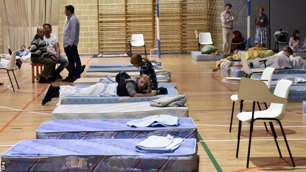 People shelter in Majorca
