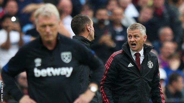 Manchester United boss Ole Gunnar Solskjaer blames Jurgen Klopp for lack of  penalties - BBC Sport