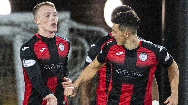 Jake Doyle-Hayes goal celebration v Livingston