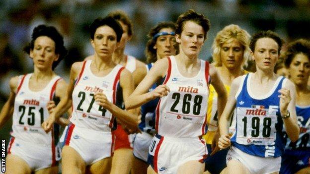 Yvonne Murray leads the field