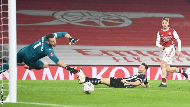 Emile Smith Rowe scores Arsenal's first goal against Newcastle
