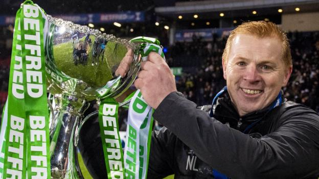Rangers 0-1 Celtic: Neil Lennon hails 'amazing' 10-man cup winners thumbnail