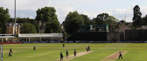 England take on New Zealand at Chelmsford in 2011