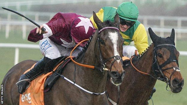 Notebook had to work hard to hold off Cash Back in the Arkle Novice Chase