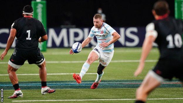 sports Finn Russell against Saracens